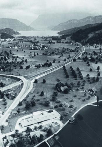 Die Autobahn war zu Beginn eine drei Kilometer lange Ausfallstrasse, die Horw vom Verkehr entlasten sollte.