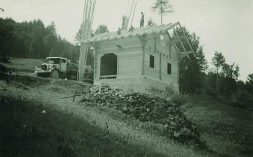 Die Kohlhütte der Korporation Horw wurde um 1940 erbaut.